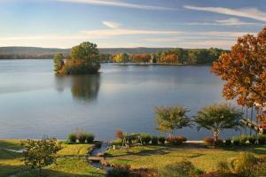Photo: Lookout Point Lakeside Inn by Kristie Rosset and Ray Rosset