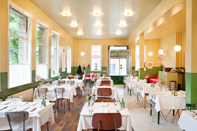 Photo: Café Modern, Janus van den Eijnden