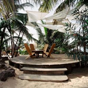 Photo: Hotel Le Tama Lodge