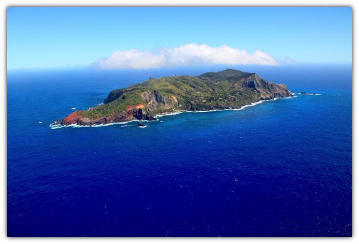 Photo: Pitcairn Islands Tourism, Copyright Andrew Randall Christian