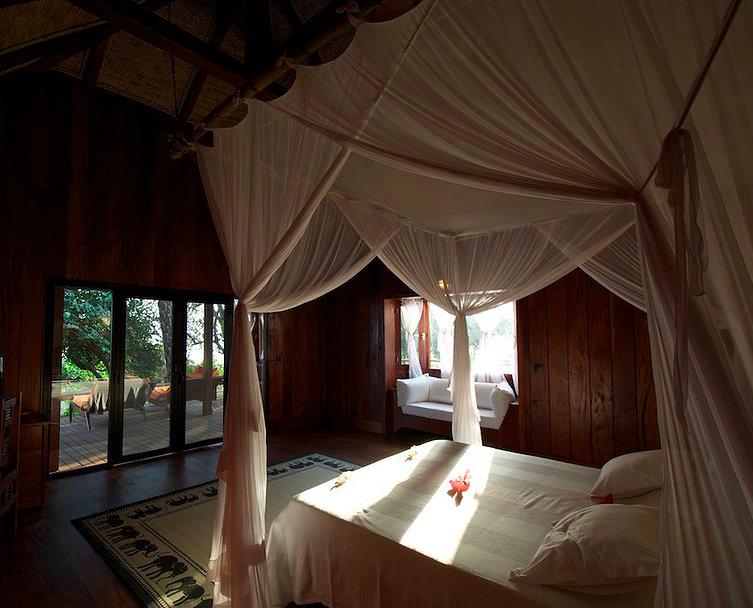 Photo: Hotel Lodge Ponta Anchaca