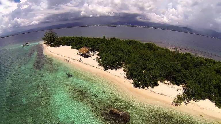 Photo: Lime Cay Island, Jamaica - GOPRO Aerial Video by JAMAICAUAV.com and PEADOVEPHOTOGRAPHY.com via youtube.com