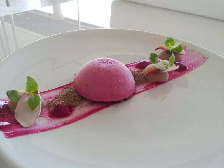 Photo: Modern White Cuisine