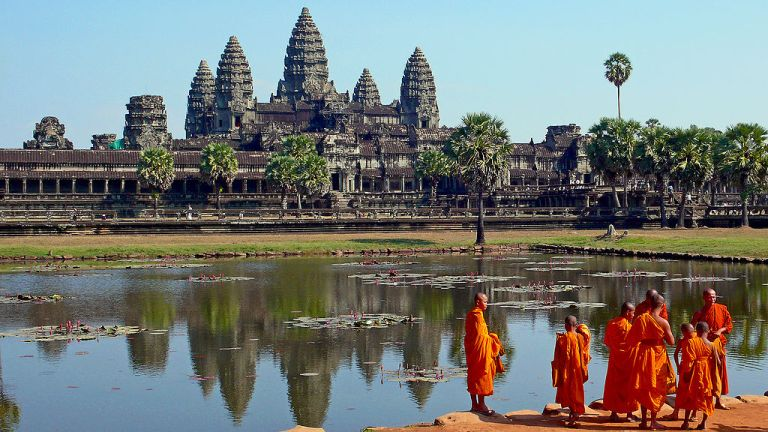 Photo: sam garza (originally posted to Flickr as Angkor Wat) [CC BY 2.0 (http://creativecommons.org/licenses/by/2.0)], via Wikimedia Commons